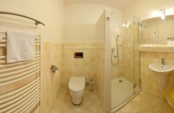 Apartmán V6 kúpelňa